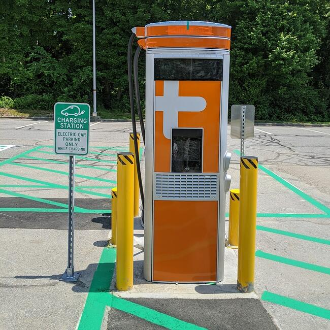 Ev Station RI DOT-1
