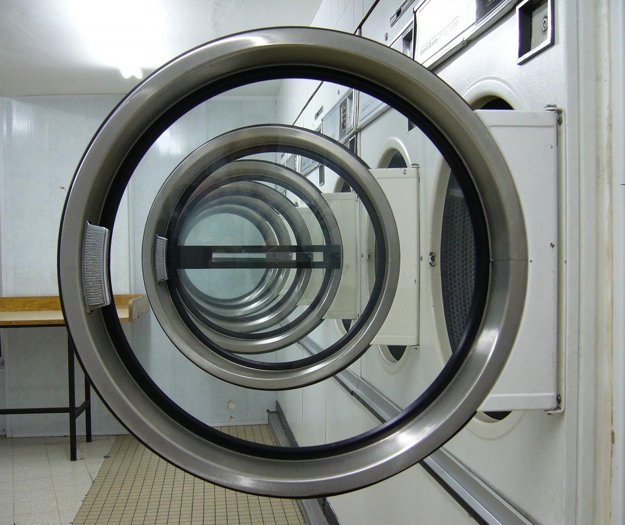 laundromat-315374_1280